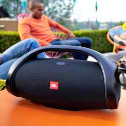 Parlante JBL Boombox Inalámbrico Negro i450